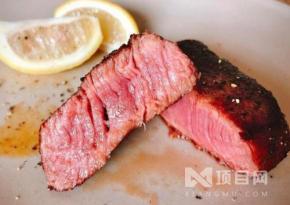 为何牛肉炖了几个小时不软烂,而牛排煎烤几分钟就能吃?