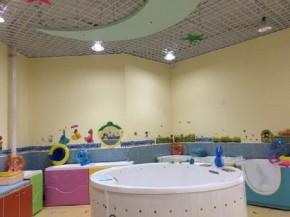 爱多多婴儿游泳馆加盟_加盟婴儿游泳馆需要注意哪些事项