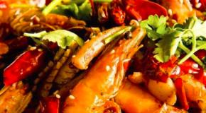 李师傅麻辣香锅加盟公司主要经营哪些产品?加盟有那些条件?