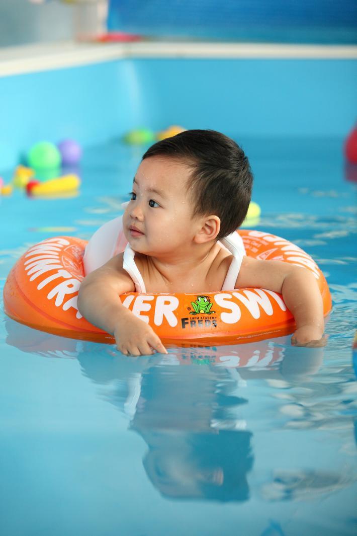 月儿湾母婴游泳加盟政策说明_5