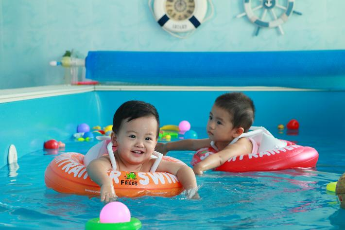 月儿湾母婴游泳加盟政策说明_1
