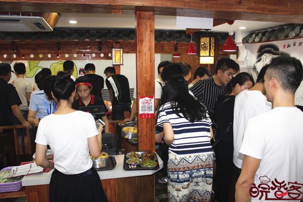 大食堂快餐是怎么代理的-皖香客中式快餐品牌
