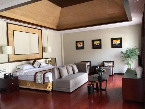 华美达酒店