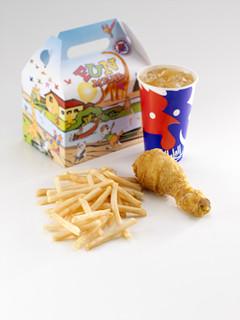 开泰基快餐加盟费用_开泰基ChickenCottage快餐店加盟条件_2