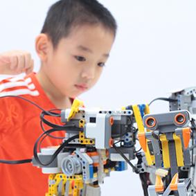 玛酷机器人教育学龄课程体系