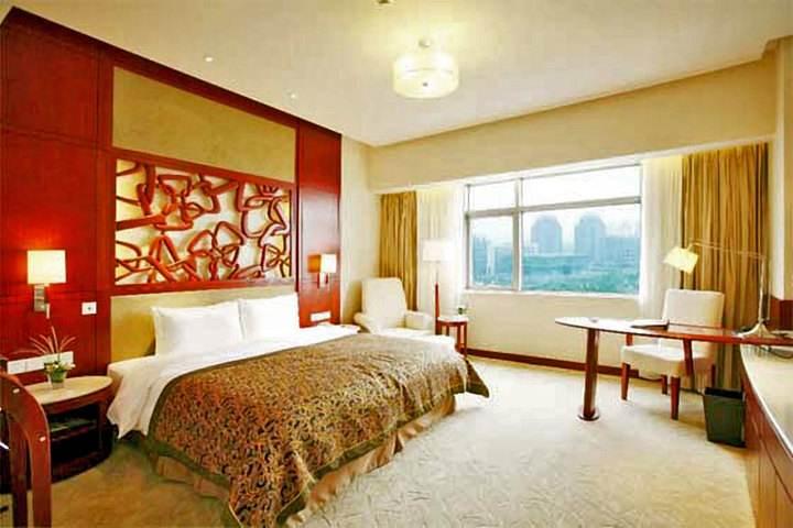 东怡大酒店