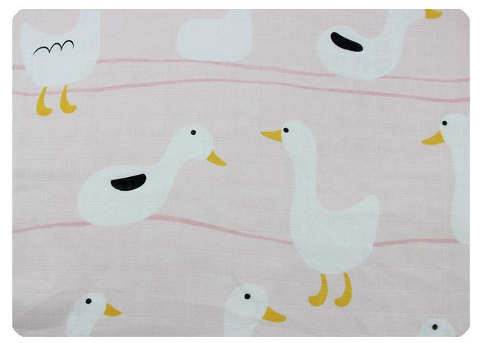 满底印粉底白鸭-竹棉双层纱布