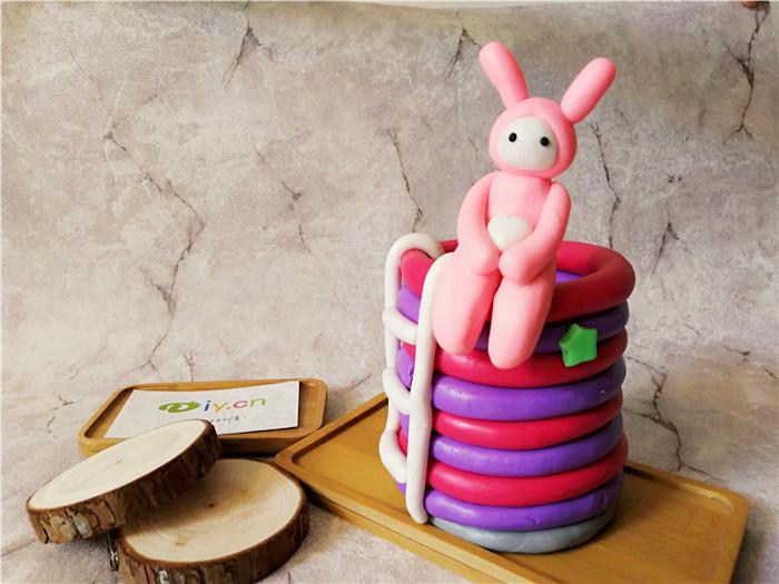 软陶手工笔筒-粉红兔