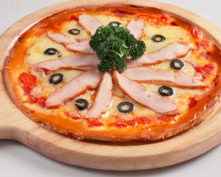 那不勒斯风味辣味熏鸡肉批萨