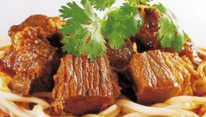 川西霸王牛肉面加盟_1