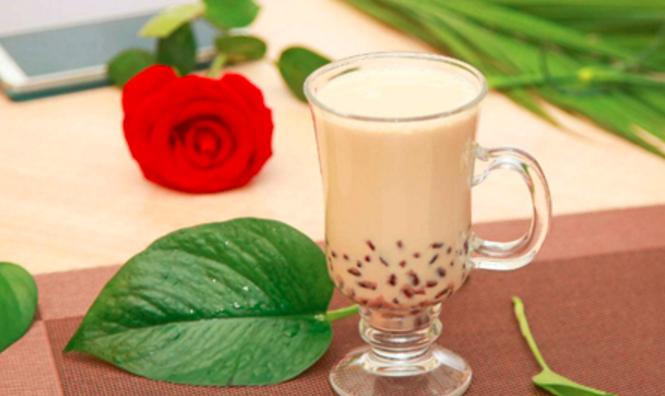 鹿地奶茶加盟_3