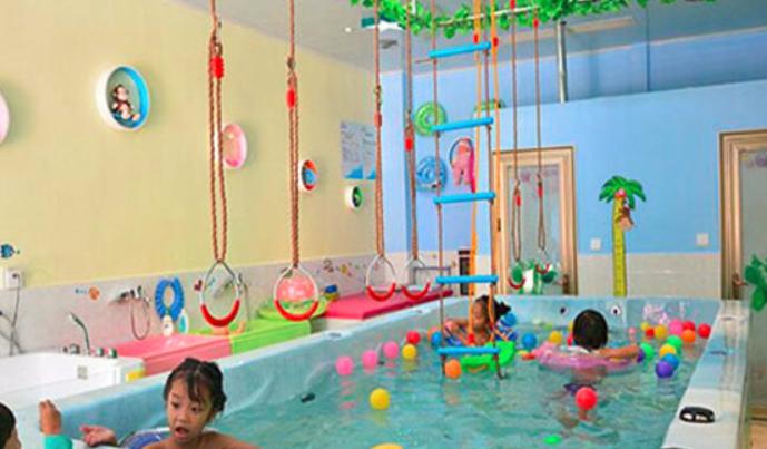 尤米尤米婴儿游泳馆加盟_1