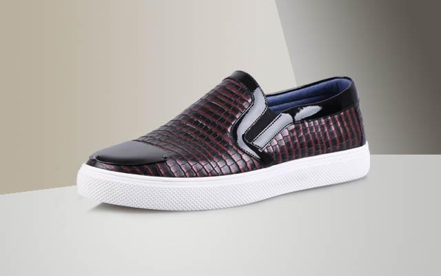 八月创业投资开男鞋品牌店如何?迪欧摩尼加盟好商机_1