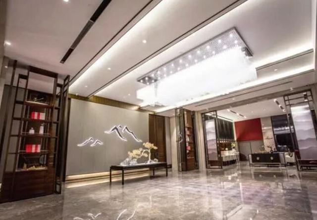 东呈国际贵州加盟商王望春:超标准打造酒店的非典型投资人(图)_3