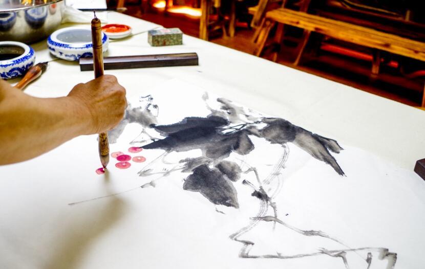 聚能少年国士堂儿童美术课:守护挖掘孩子想象力和创造力(图)_3