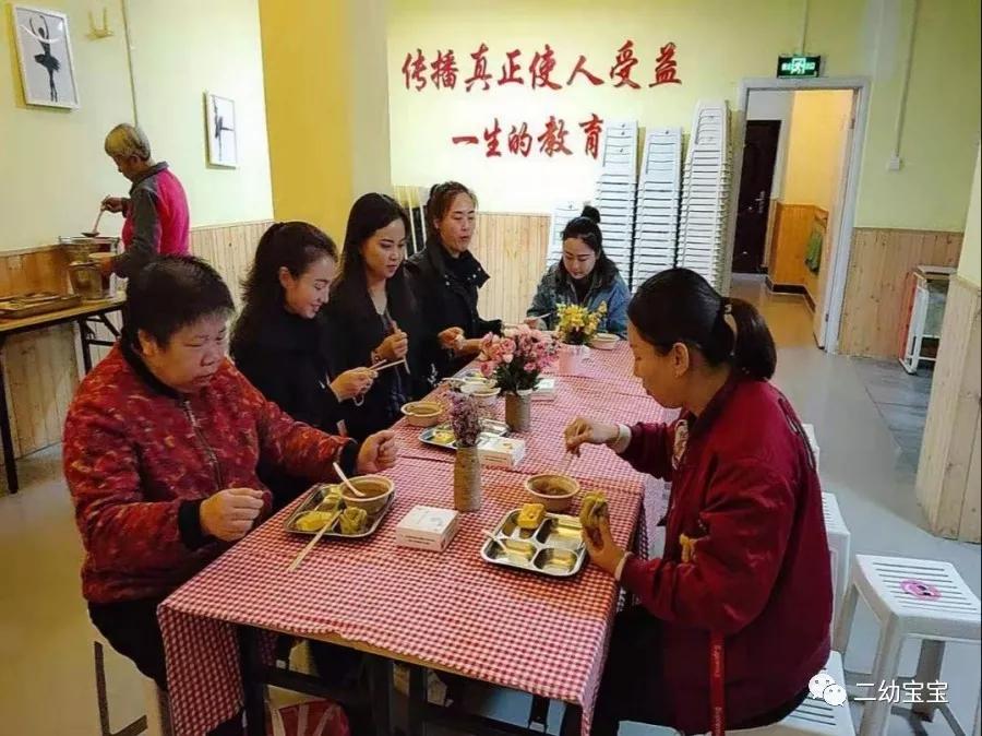 践行露荷STAR教育理念商丘市梁园区第二幼儿园品餐会备受好评_6