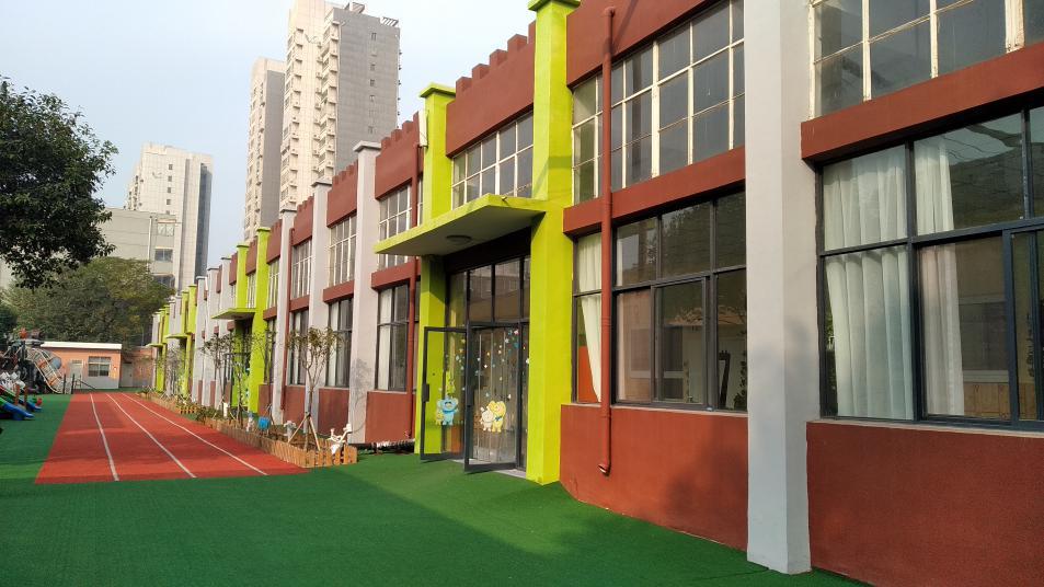 建业露荷与新乡高新区英才成长幼儿园正式签约_4