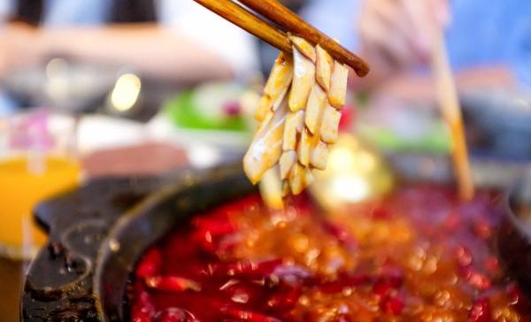 重庆火锅排名:十七门火锅,全店菜品都堪称必点美食_1