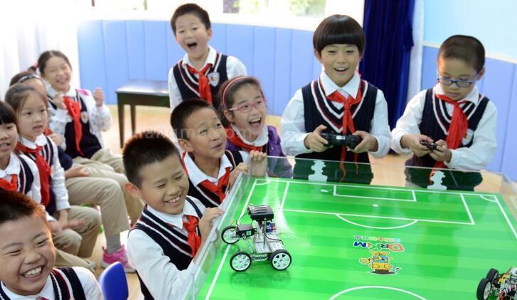 xdl机器人教育加盟_2