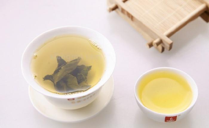 萌馨茶业加盟_1